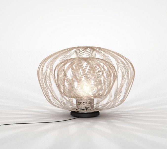 lichtornament vrijstaande lamp crux zilver, carbon decoratie