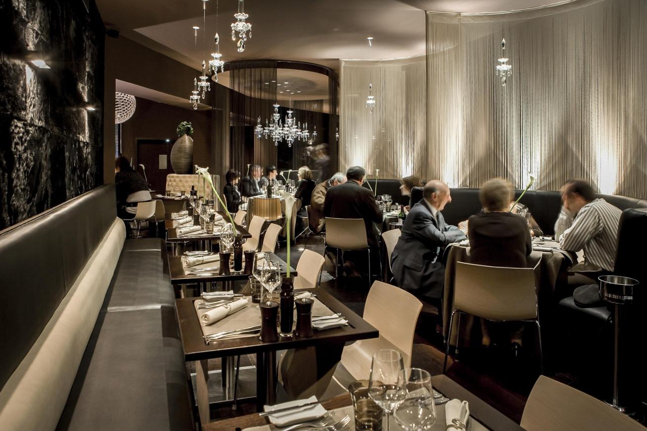 Restaurant & lounge bar