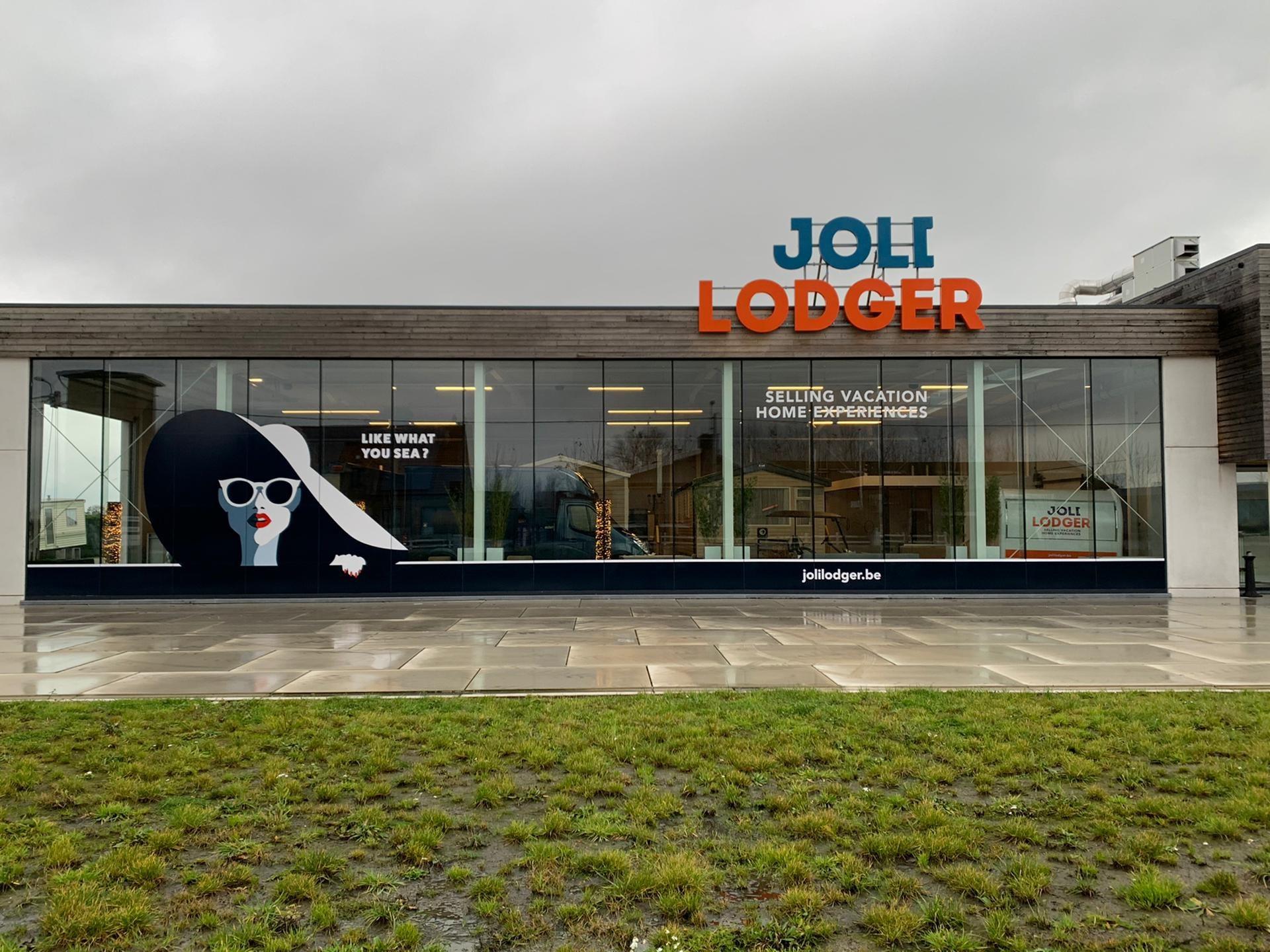 102_Belettering etalage Joli Lodger