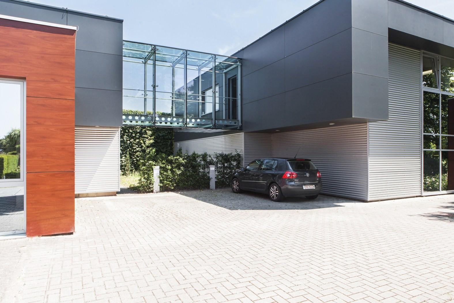 Drukkerij Buromac_Brugge_kantoren_productieruimte_stockageruimte (1).jpg
