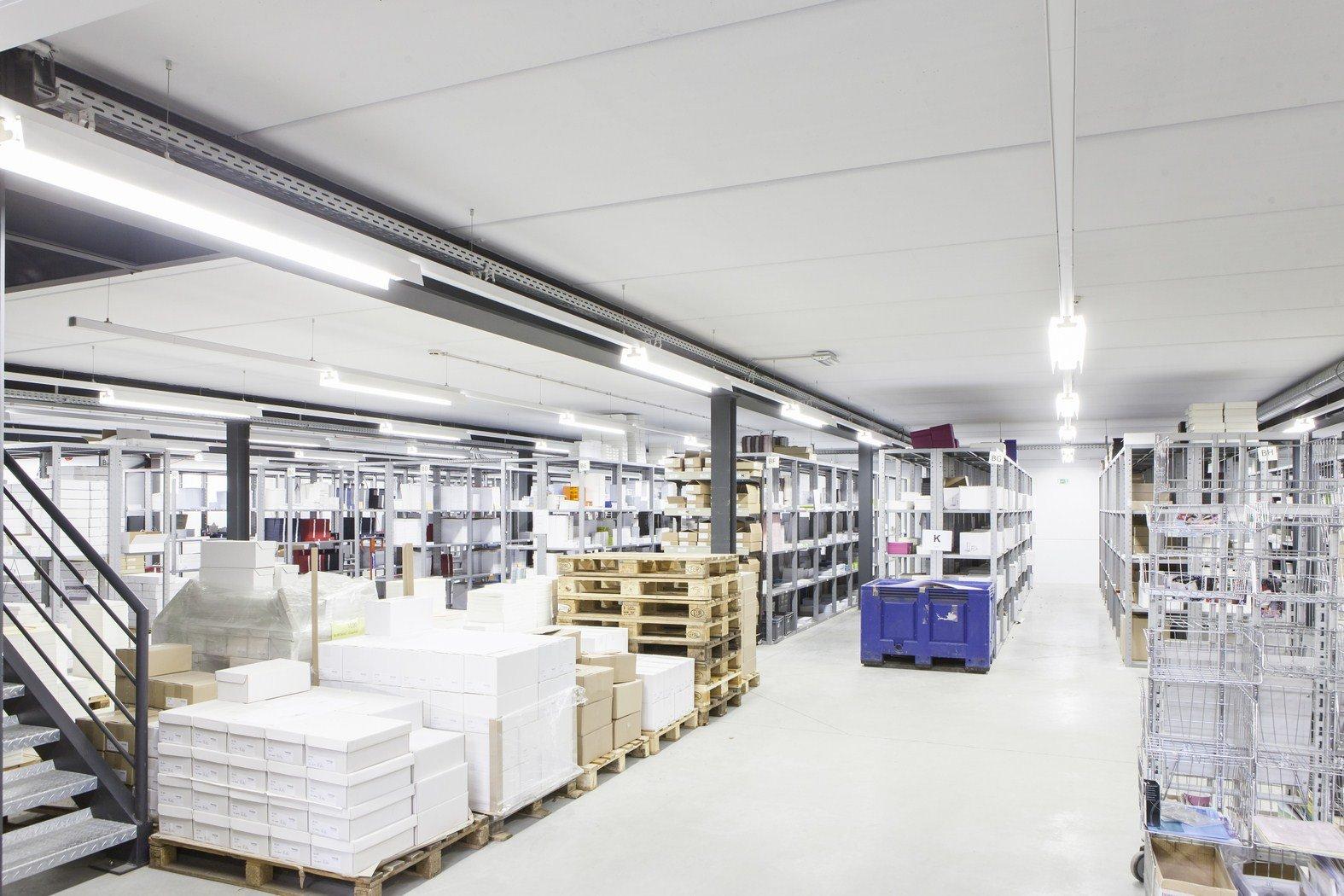 Drukkerij Buromac_Brugge_kantoren_productieruimte_stockageruimte (6).jpg