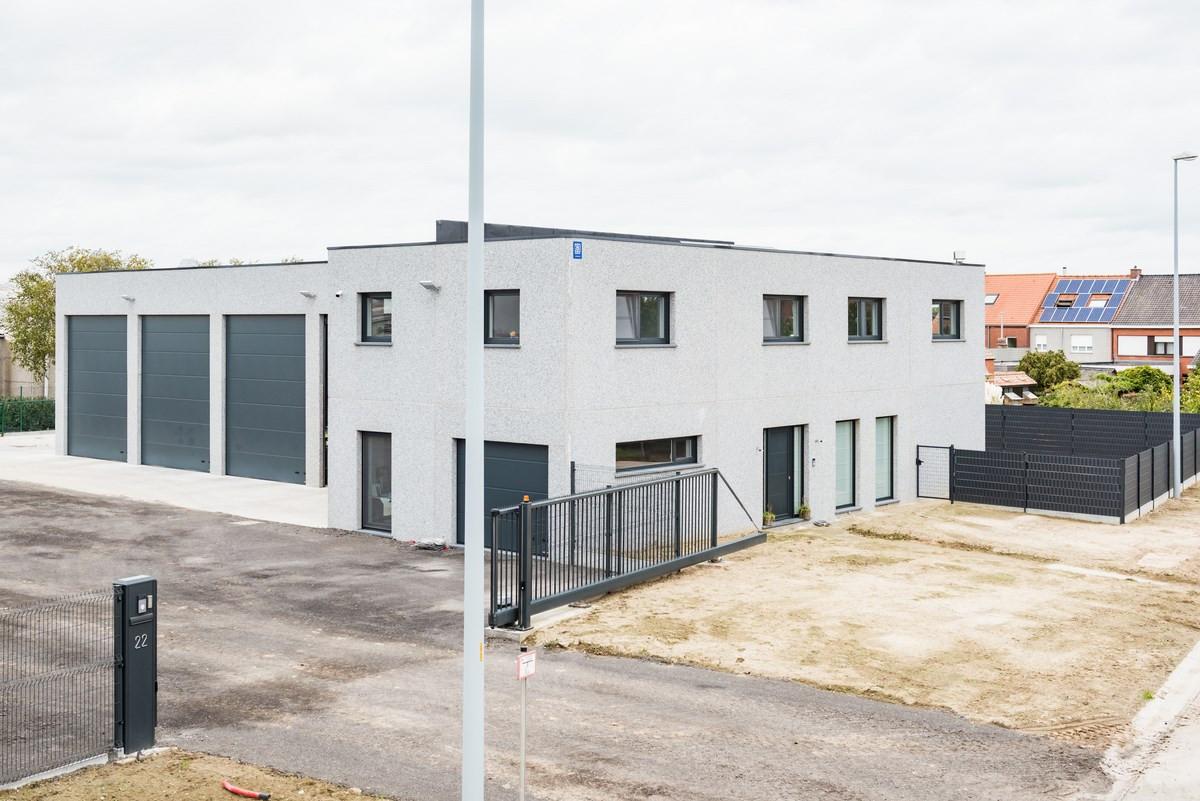 Beeuwsaert_industriegebouw_woning (2).jpg