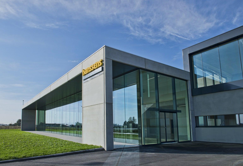 Bakkerijgrondstoffen Hanssens Oostend_burelen_opslagloods_koelruimtes_laadkaaien.jpg