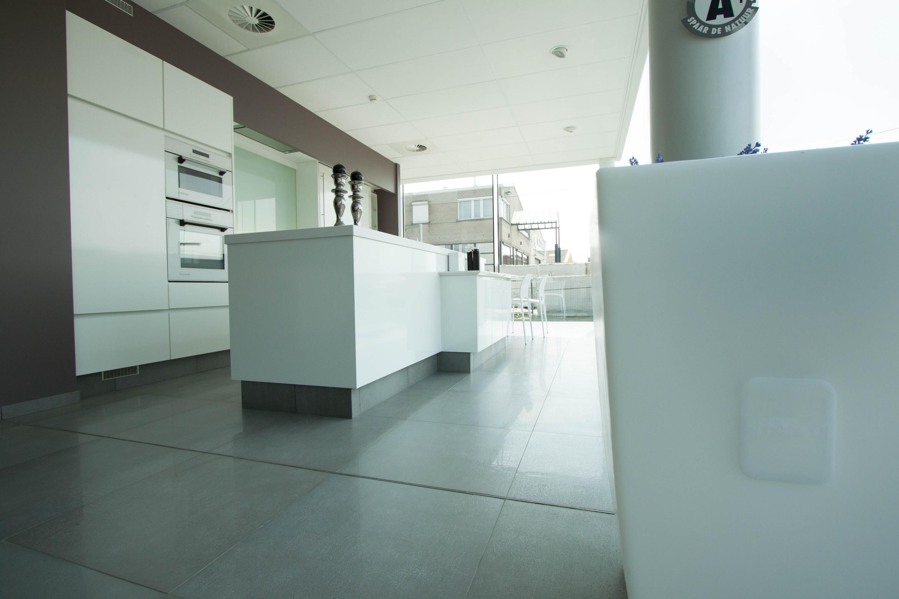 Keukens Vervan_Ledegem_toonzaal_burelen_atelier (34)