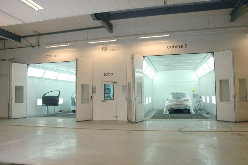Two commercial vehicle spraybooths and a mixing room in between
