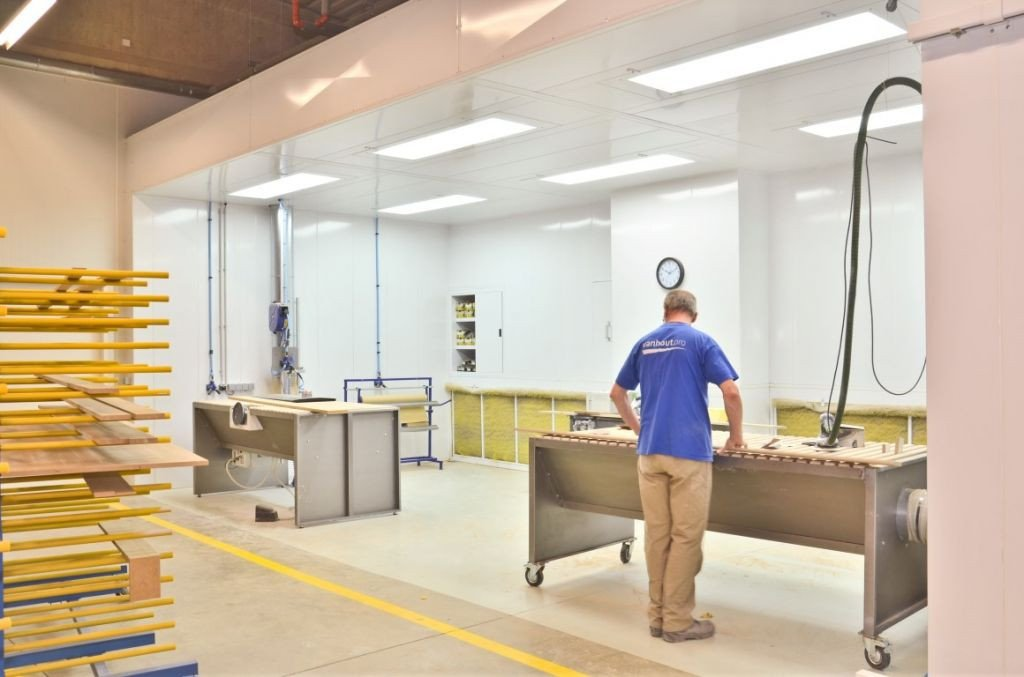 Sanding area for wood industry