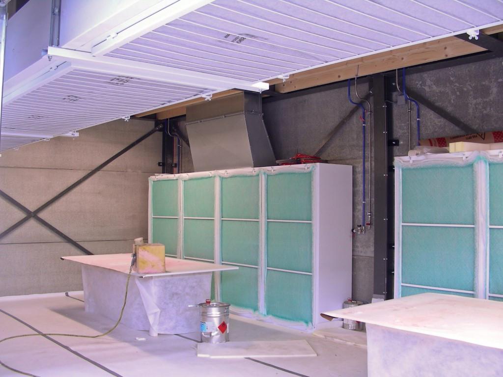Afzuigwand met opbouw filterplafond voor industrie
