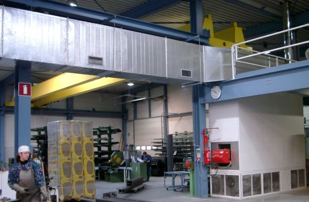 Supply unit with a long air duct
