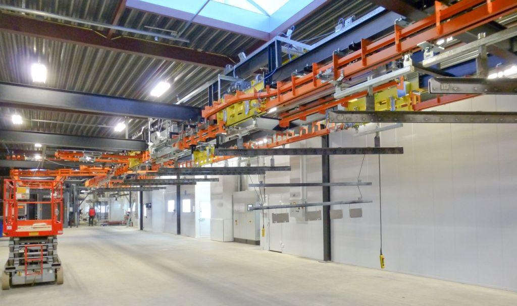 P&F conveyor met dropsecties