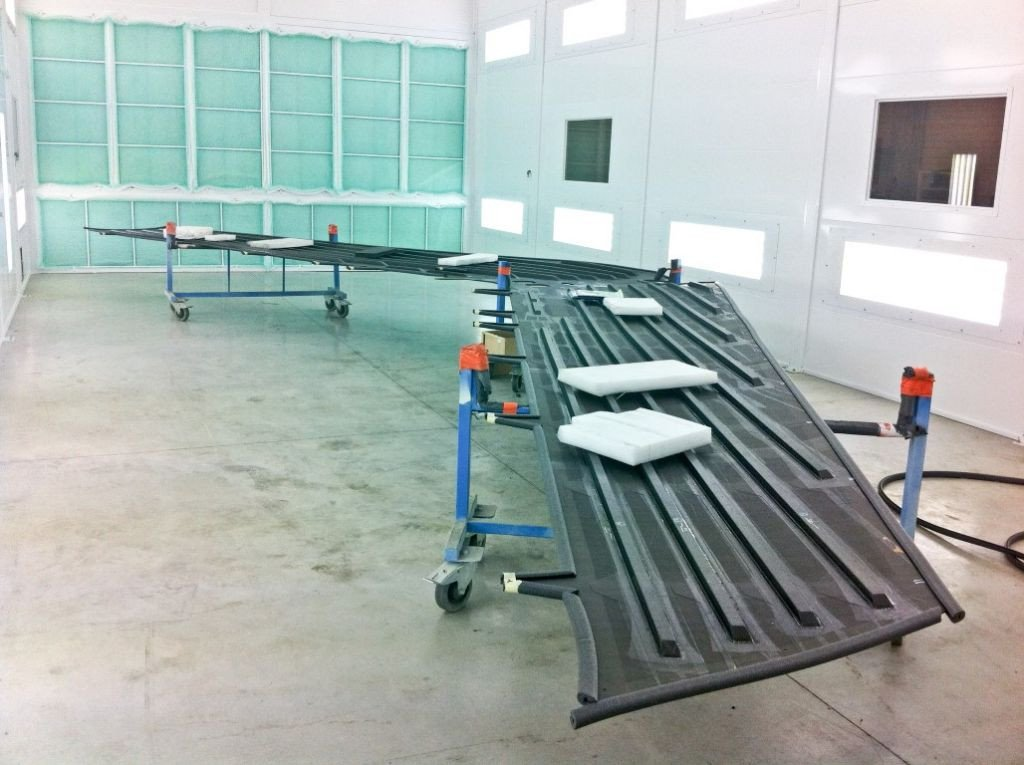 Dry filter paintbooth for aeronautical industry