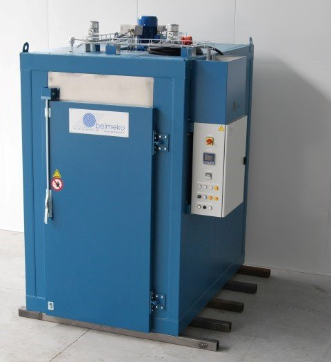 Small electrical oven for the industry
