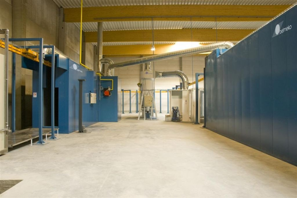 Continuous drying oven en curing oven with heat recovery; both gas-fired ovens