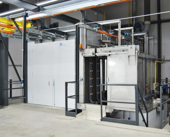 Pretreatment plant for cleaning and drying of products