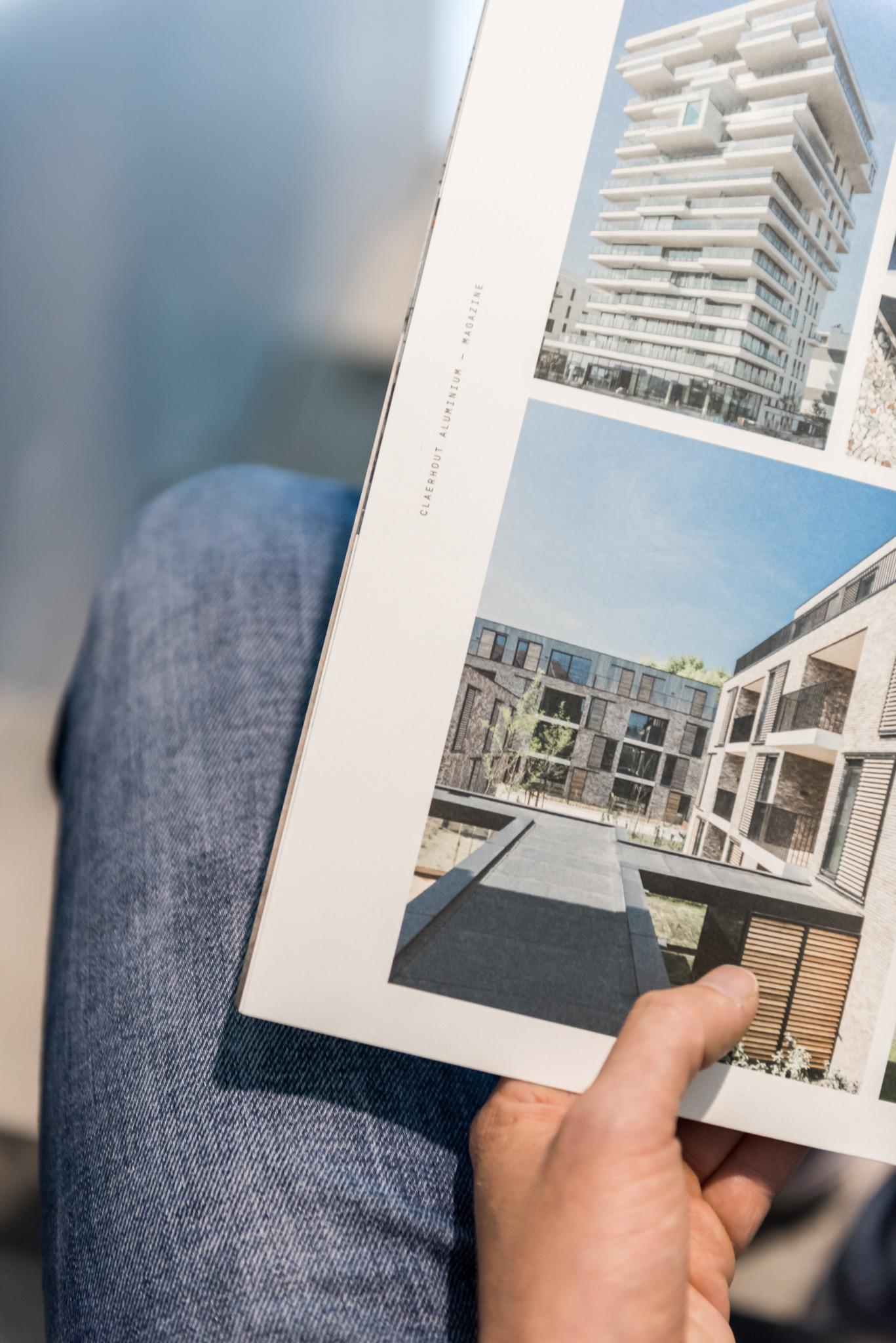 In dit bedrijfsmagazine van Claerhout Aluminium werd veel aandacht besteed aan de fotografie