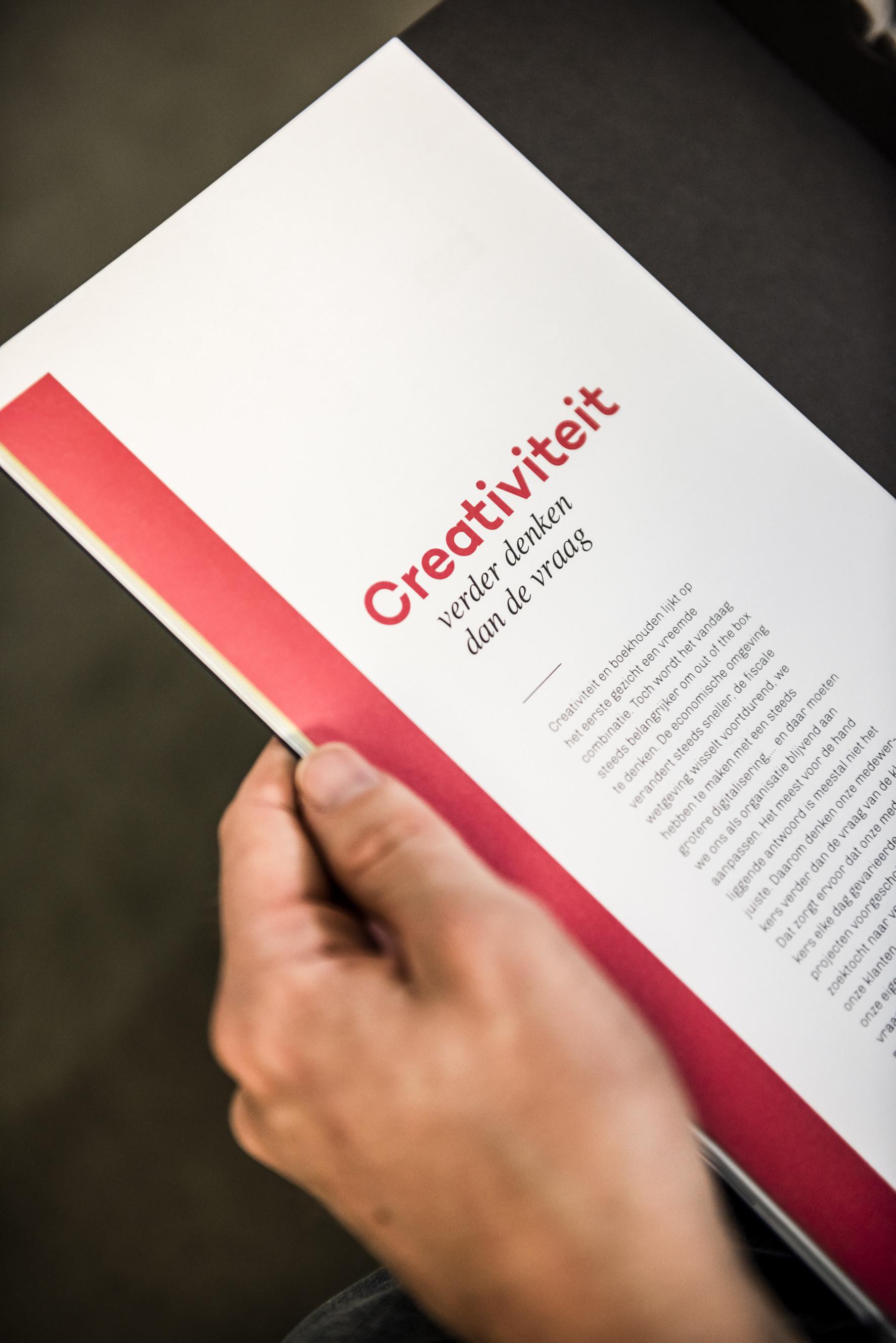 In dit magazine worden de waarden van het bedrijf op een aantrekkelijke manier belicht