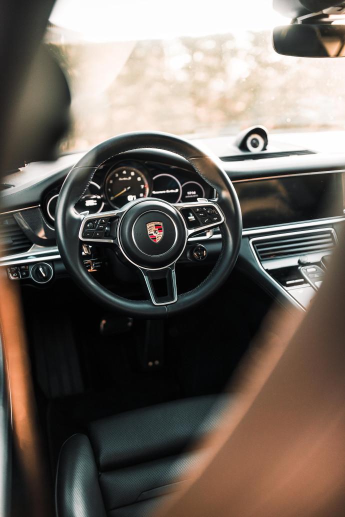 Porsche Sport Turismo TurboS