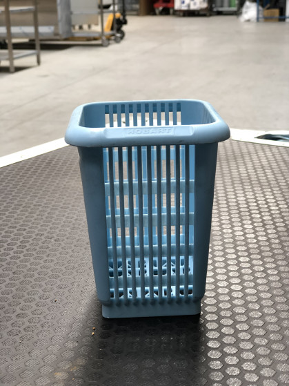 Stapelbaar - 1 vakjes - kleur licht blauw. 20 stuks bestek.