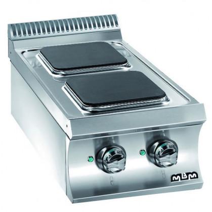 Het elektrische assortiment Domina 700 bestaat uit modellen met 2/4/6 platen beschikbaar als...