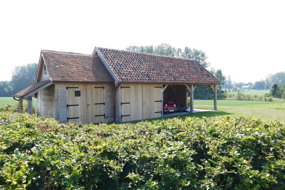 Green Oak - Eiken carport met oldtimer - Cornelis Hout.jpg