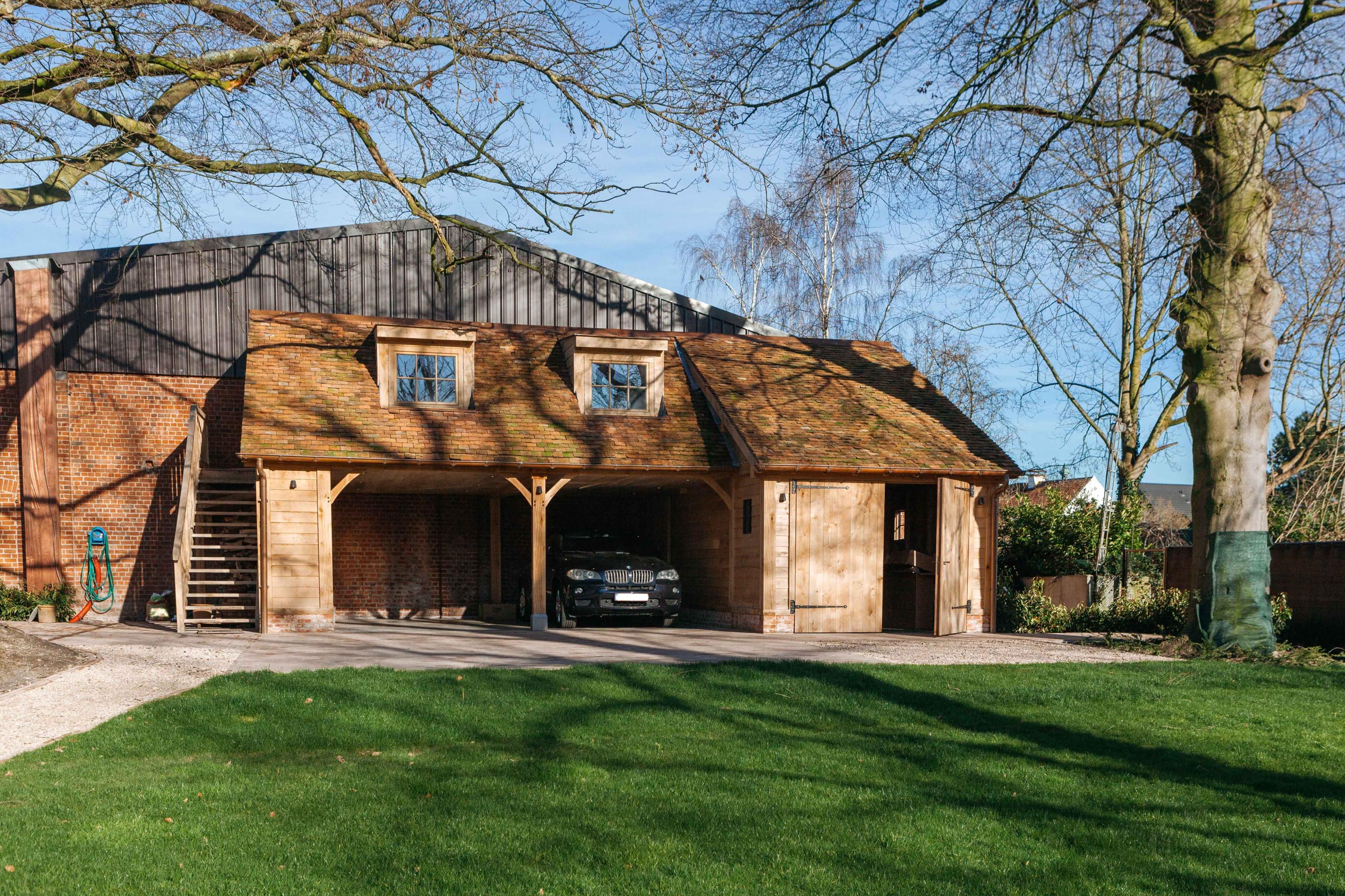 Eiken carport met guest house - Vanhauwood in samenwerking met Cornelis Hout - 3.jpg