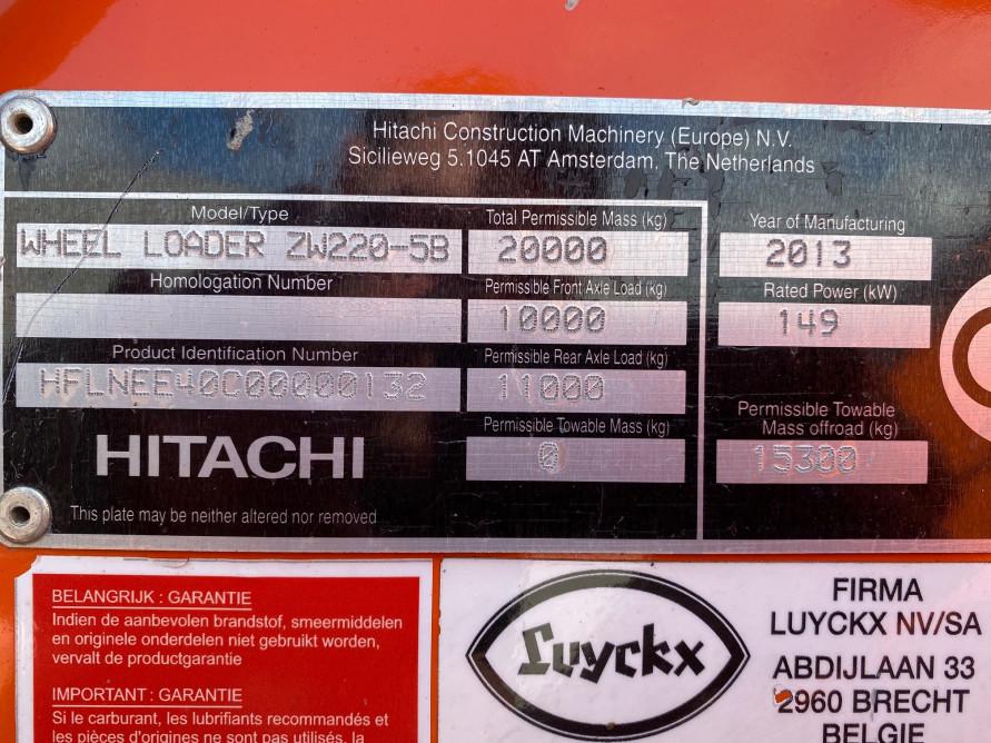 3010-01 Hitachi ZW220 7