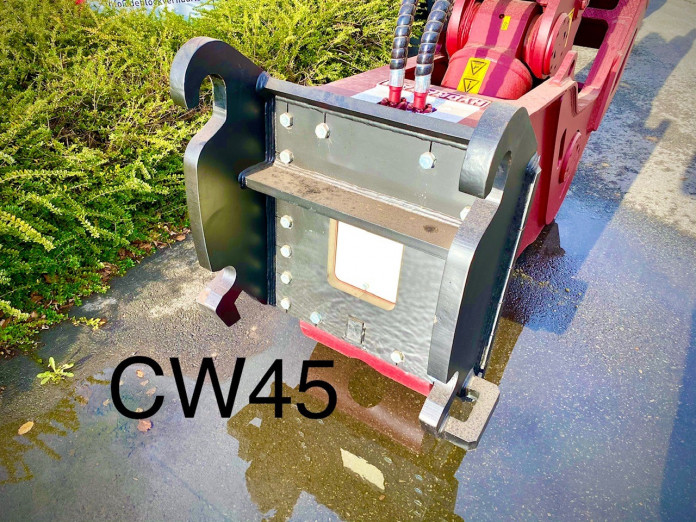 1415 - Vaste vergruizer 25-35 ton HFP-28V CW45 3