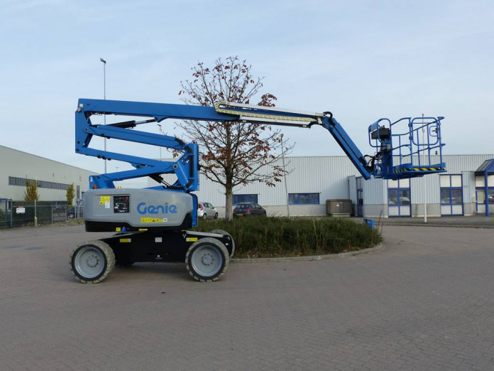 4304 - Diesel knikhoogwerker wh 20m Genie Z60-37FE HYBRIDE