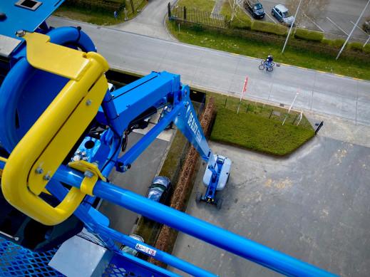 4406 - Diesel telescoop hoogwerker wh 28m Genie S85XC 5.jpg