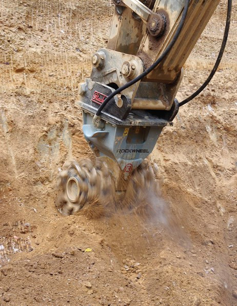 Demolitionfrees kranen 13-21 ton CW30 Rockwheel D15 5