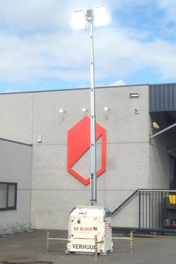 Mailing side banner lichtmast