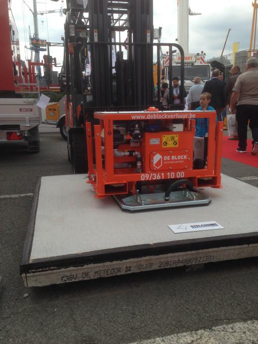 Vacuum hijsunit 4 ton met stelconplaat