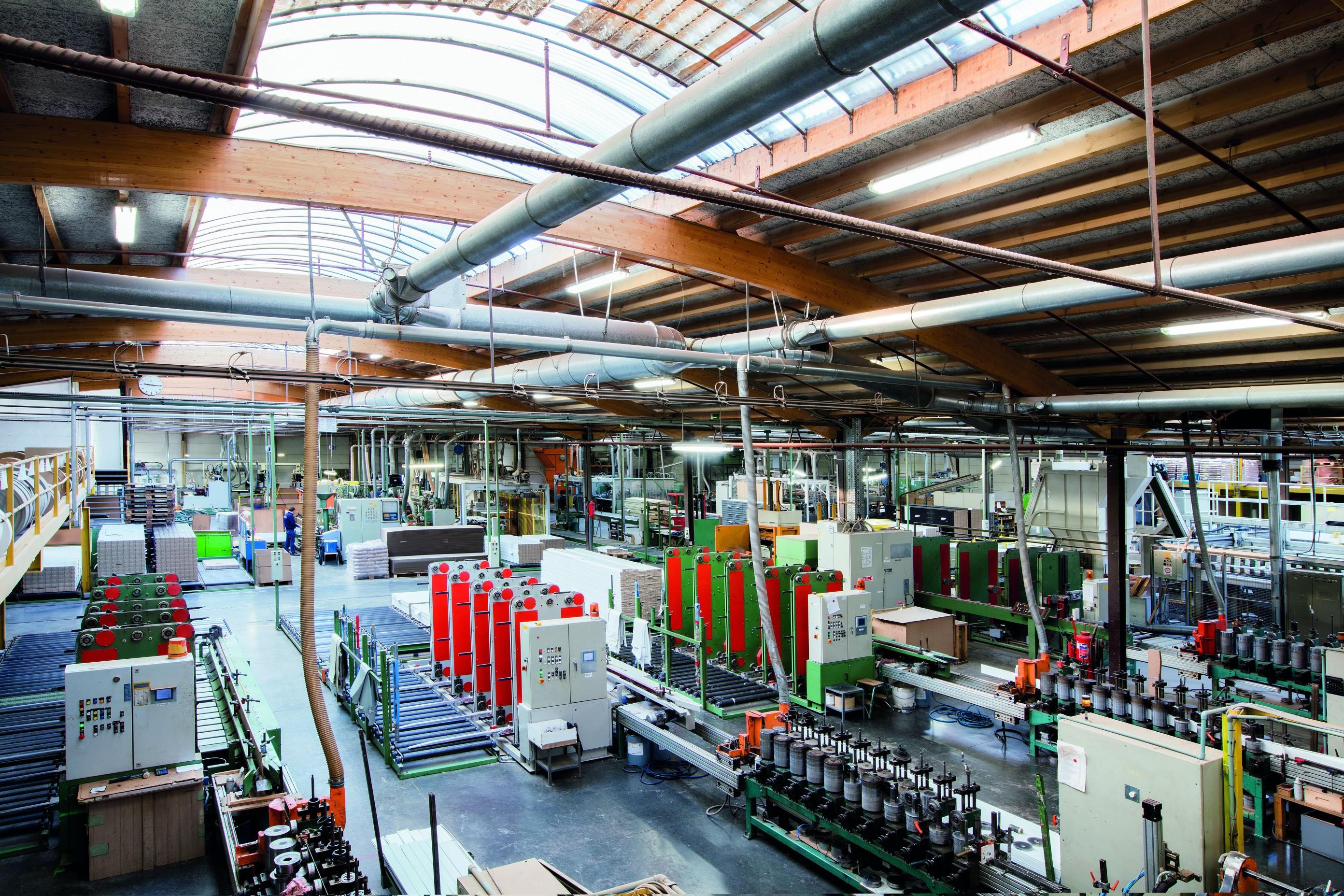 overzicht fabriek van boven Düspohls_2783x0.jpg