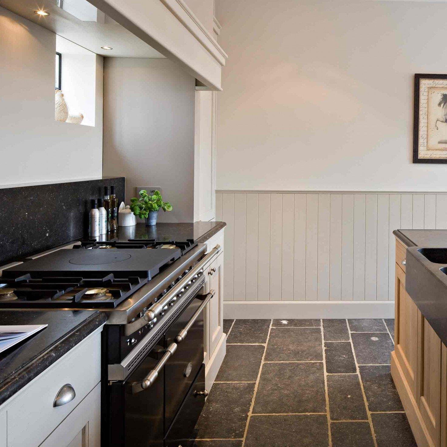 landelijke-keuken-kensington-blauwe-hardsteen-4.jpg