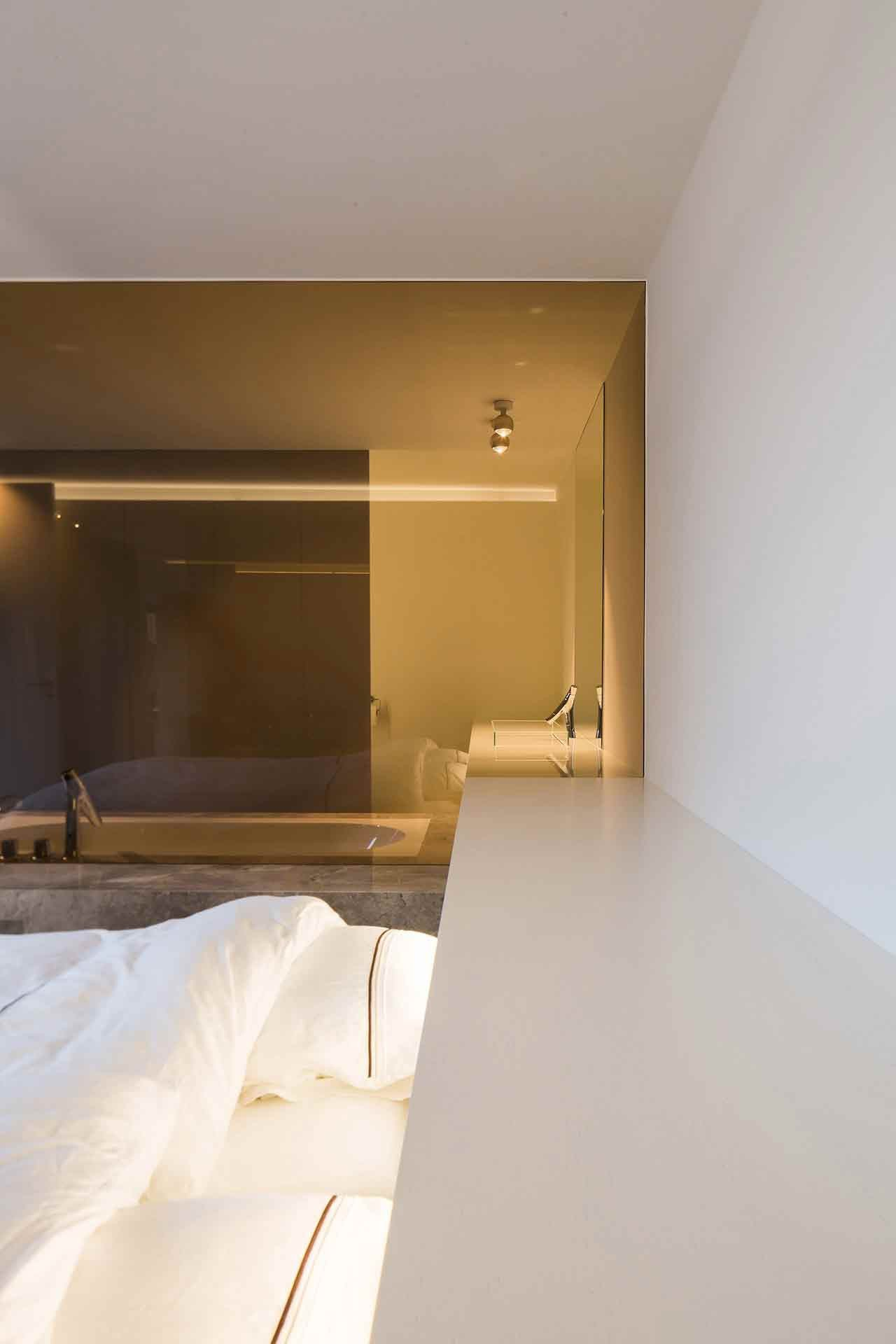 Totaalinrichting-badkamer-modern-SintMartenLatem-2.jpg