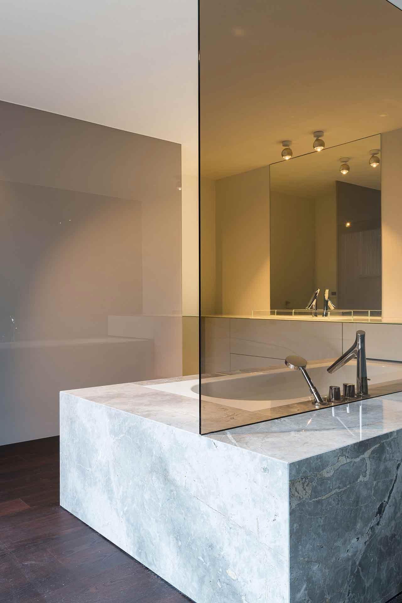 Totaalinrichting-badkamer-modern-SintMartenLatem-3.jpg