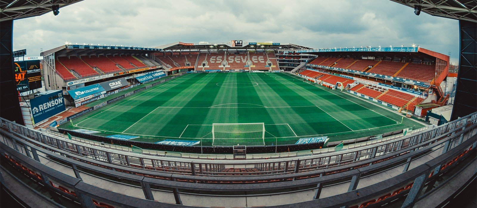 Banner_Regenboogstadion1