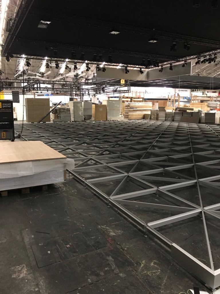 Floor4Expo01