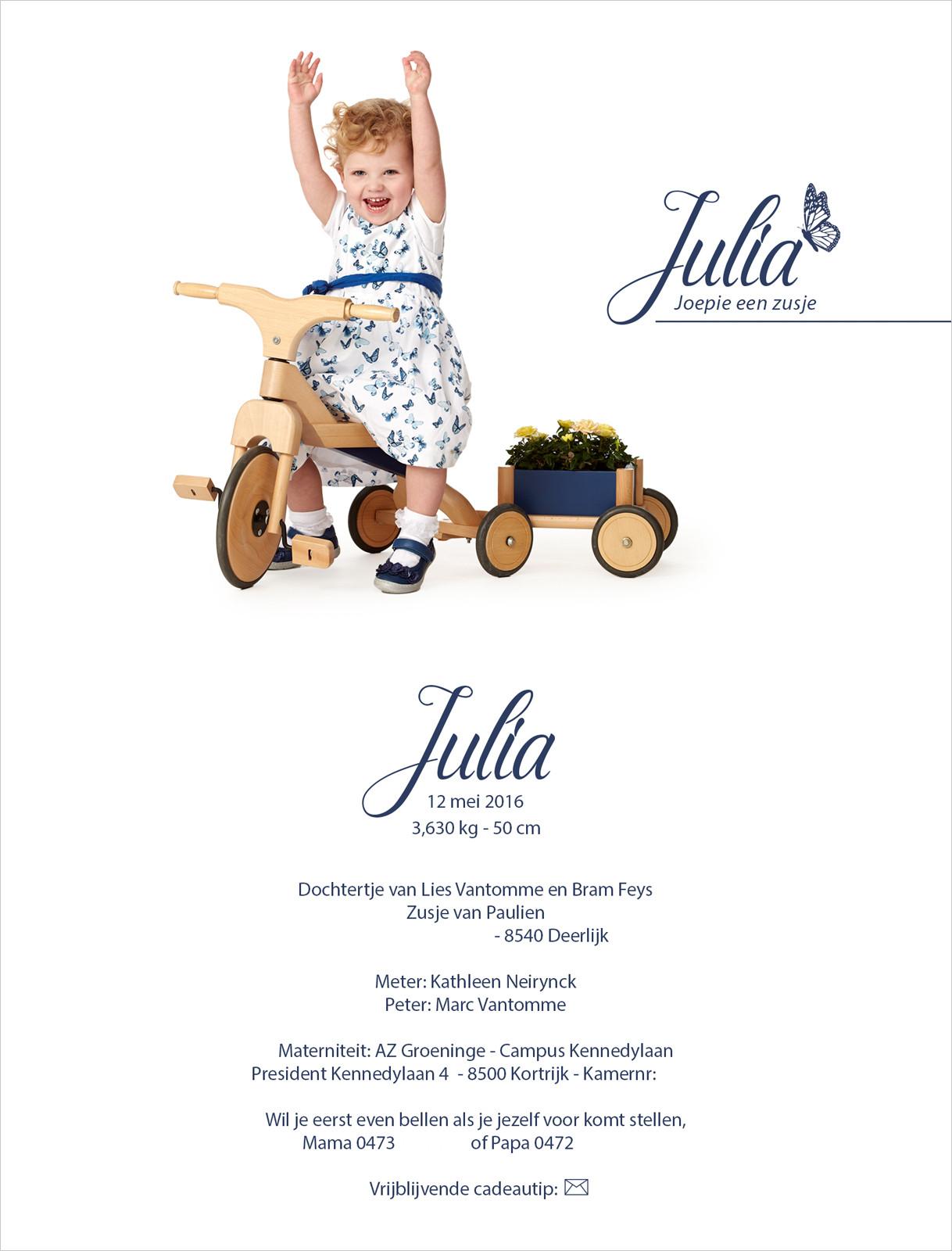 Geboortekaartje met foto van Julia