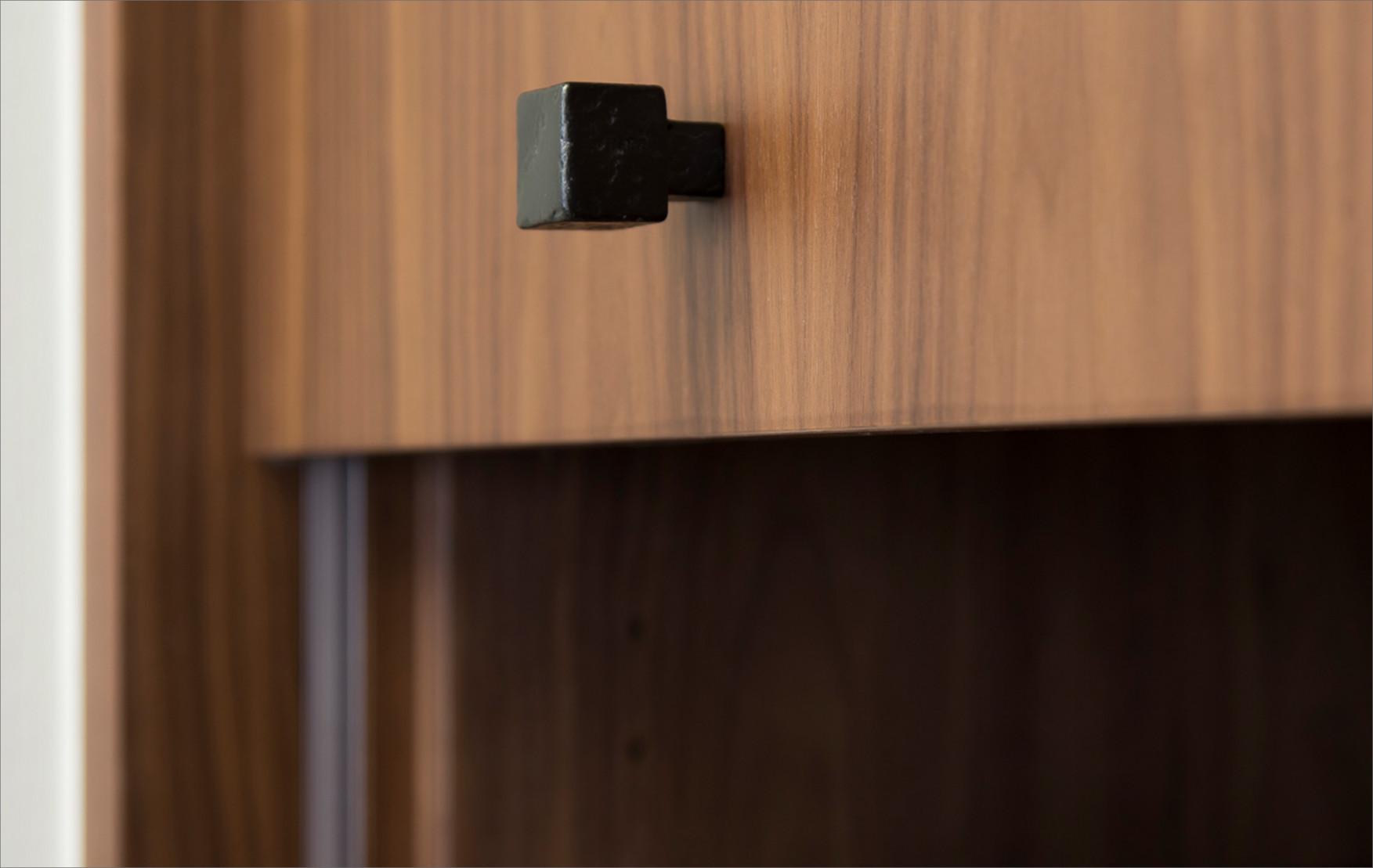 FrankTack_20200616_Afwerkingen3 De details maken de meubels