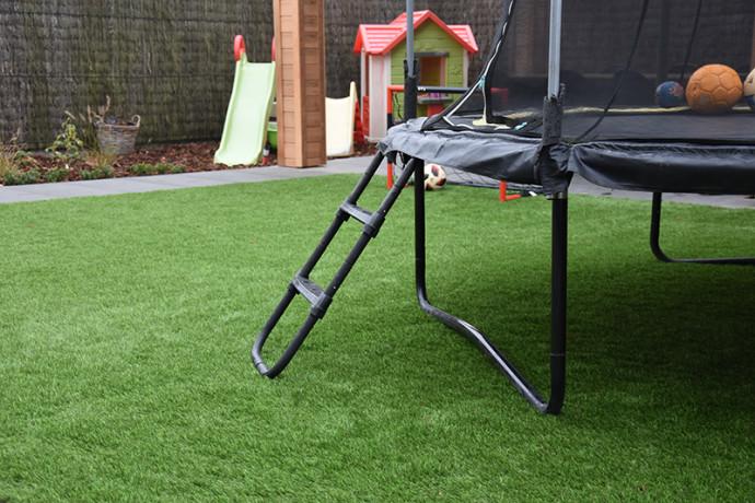 Realisatie spelende kinderen | Grasmeester