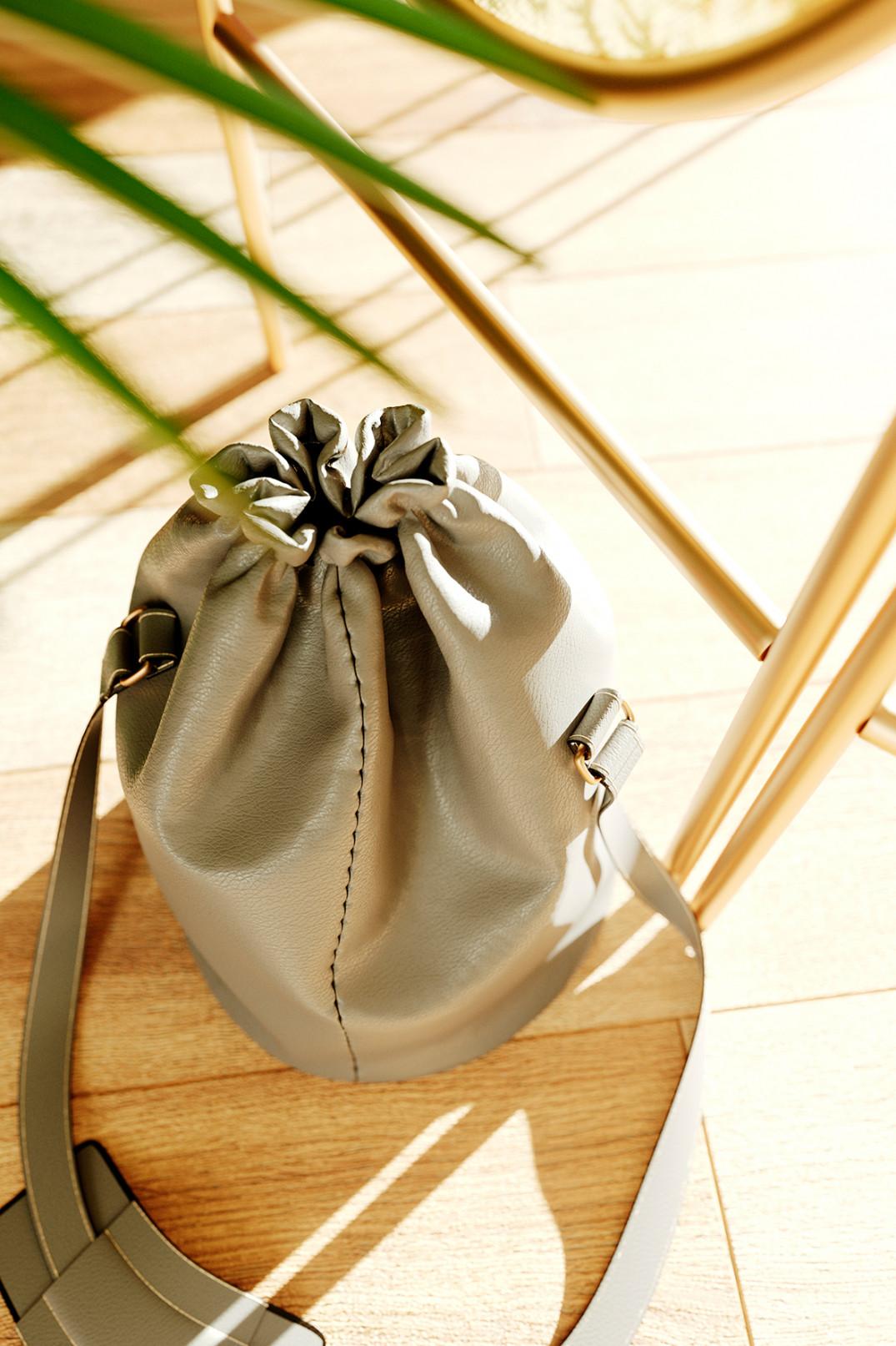 Textile_B_post_02_bag