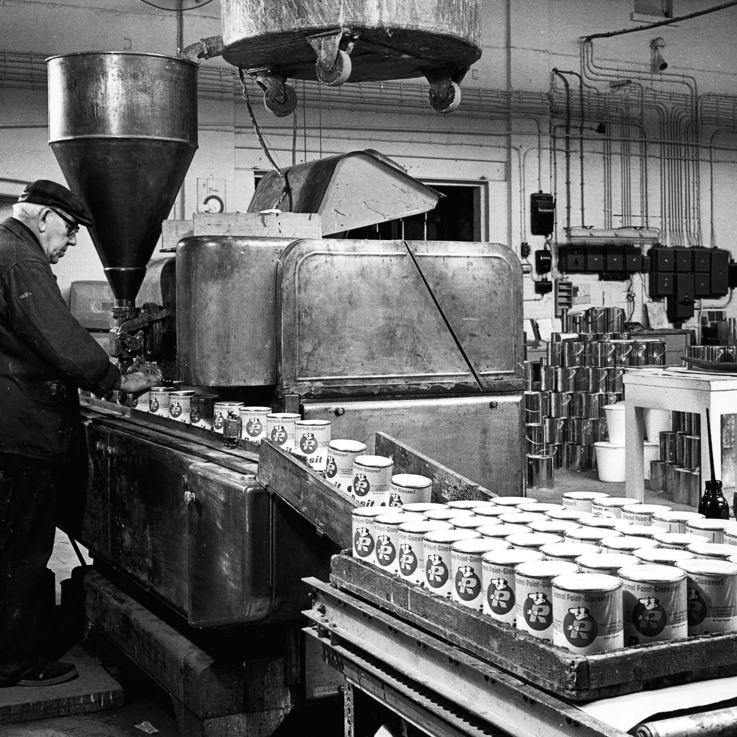 fabriek HR.jpg