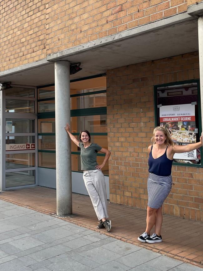 LokaalmarktDeurne_Jessie en Sofie_verticaal dichterbij