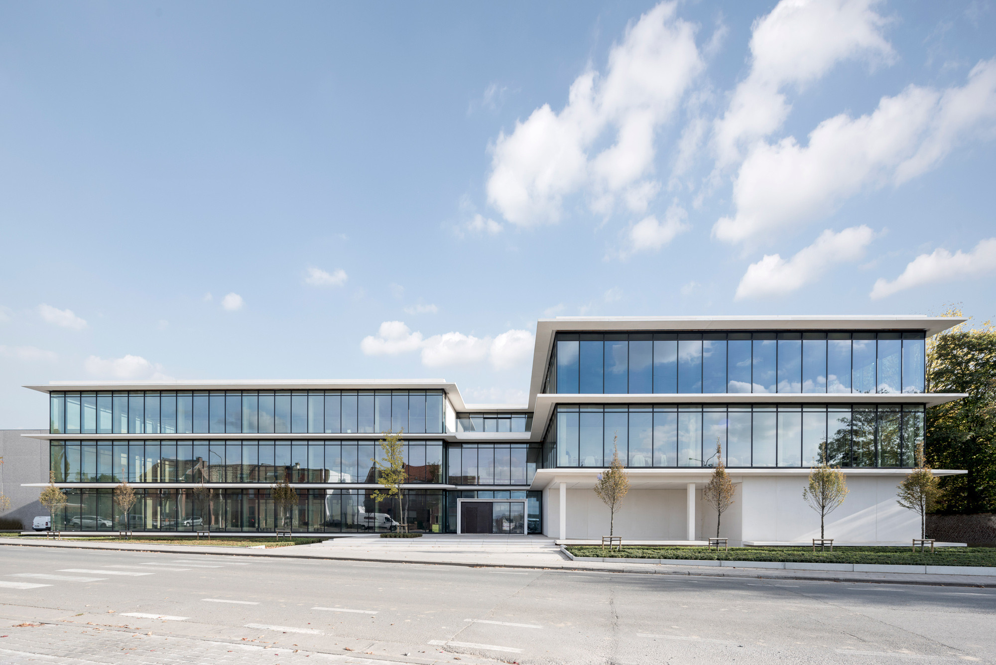 Kantoorgebouw3_Nieuwkerke_Claeys Architecten