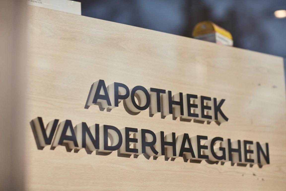 Waarschoot - Apotheek Vanderhaeghen