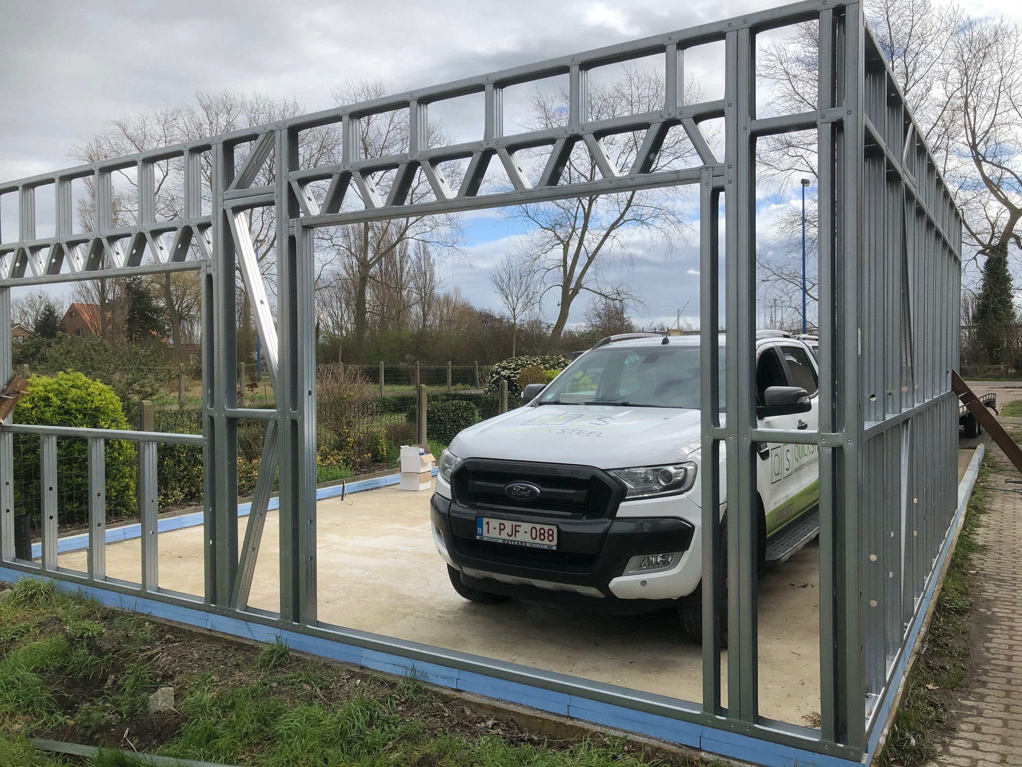 B Bouw van garage steelframe Bautil
