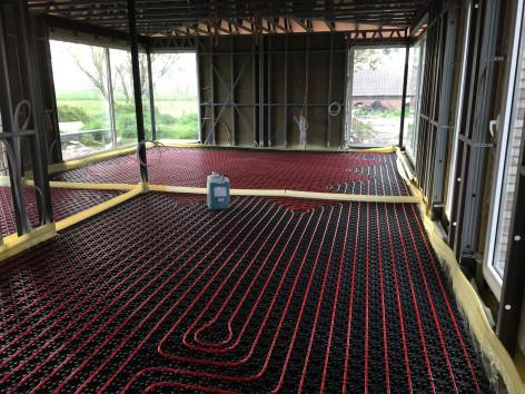 Nieuwbouw Dewicke steelframe vloerverwarming