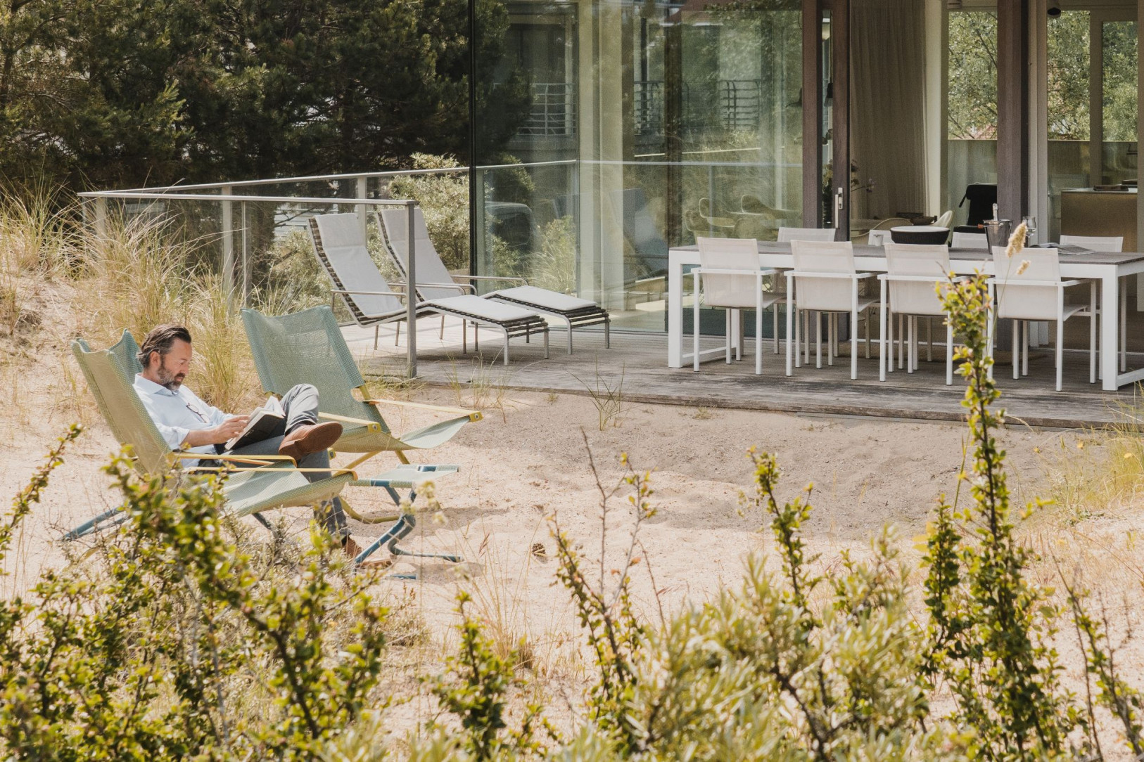 Architecturaal duinen appartement Arne Jacobsen