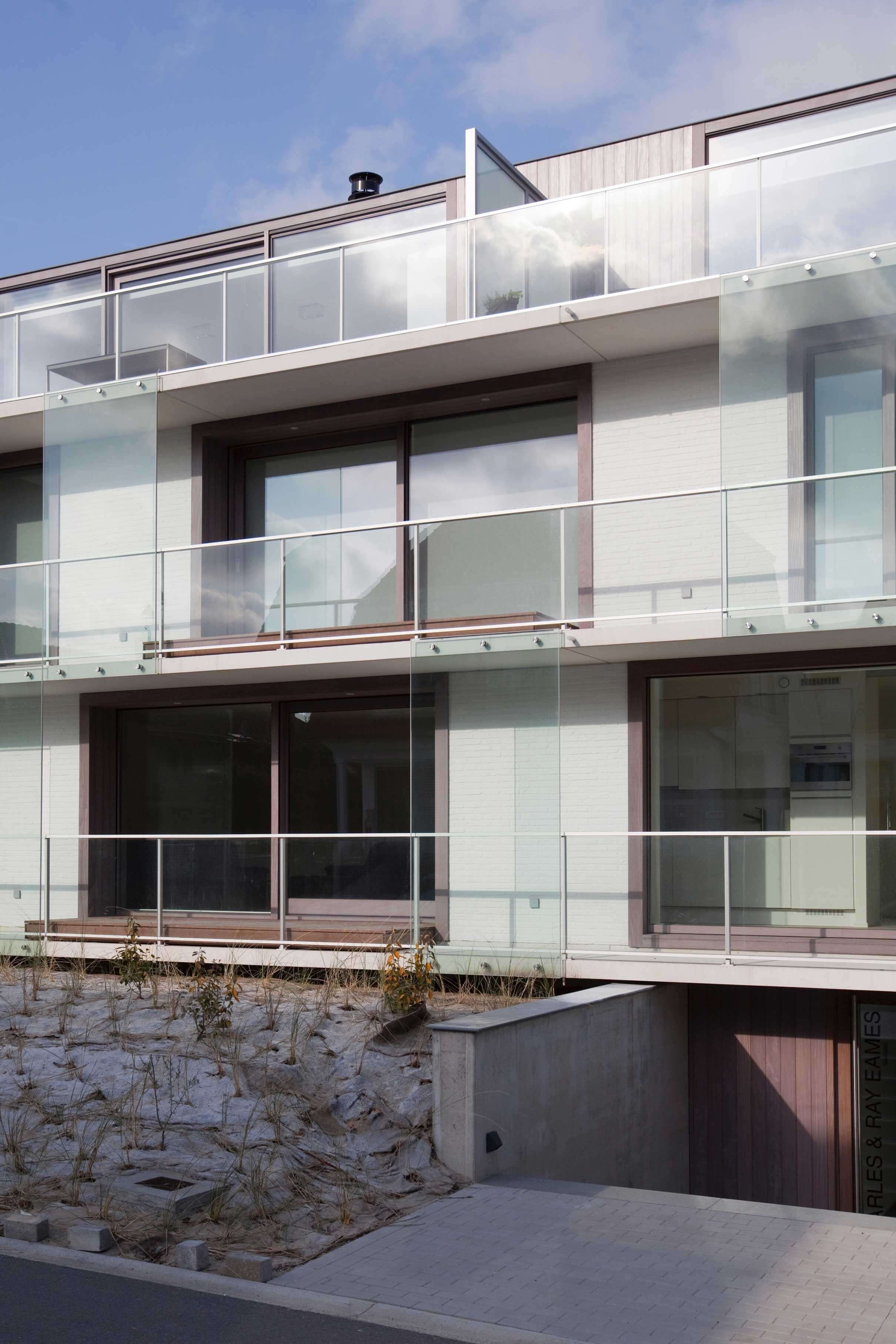 Rietveldprojects.be-Eames-appartement-design-architectuur-kust23