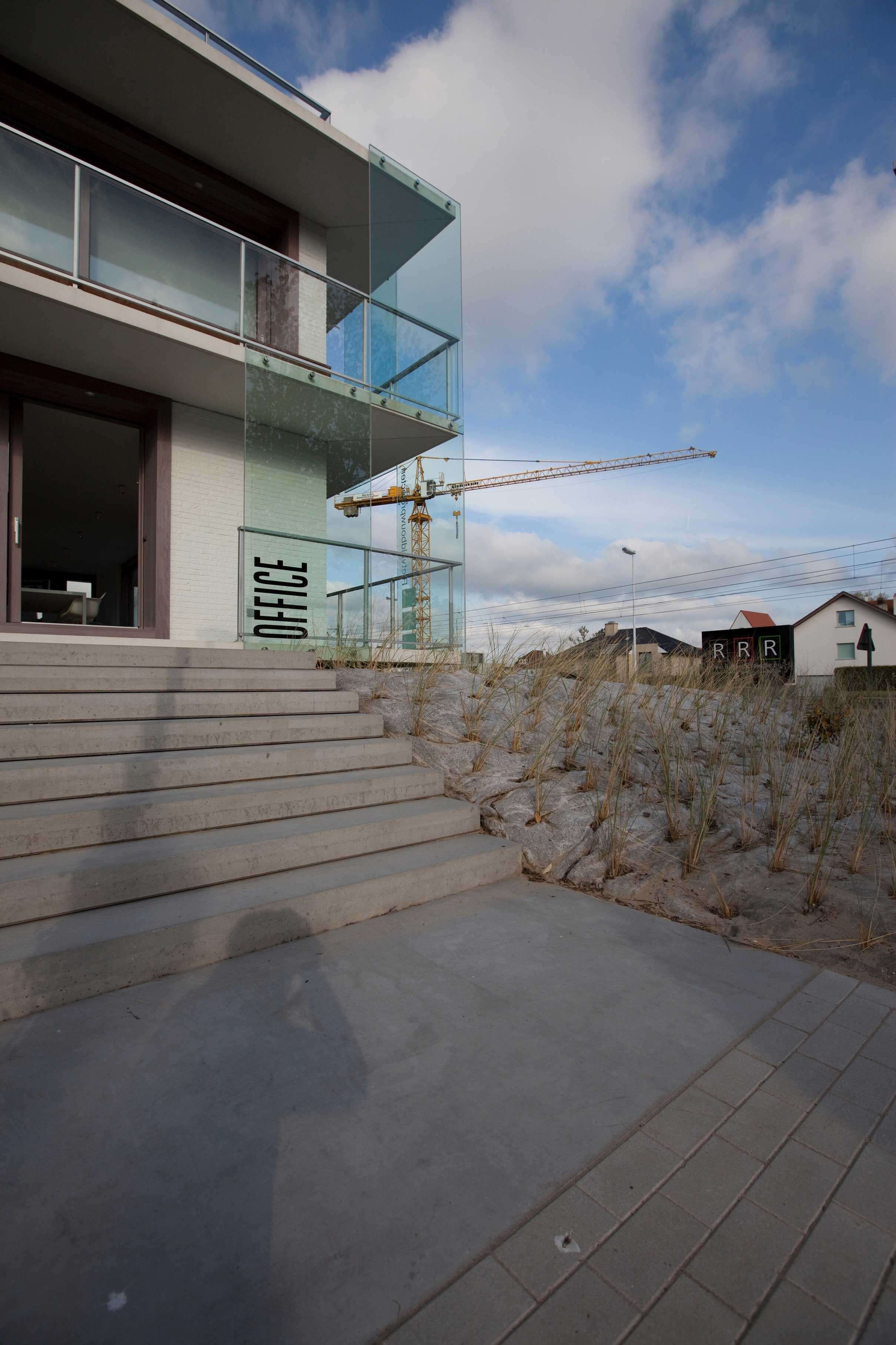 Rietveldprojects.be-Eames-appartement-design-architectuur-kust6